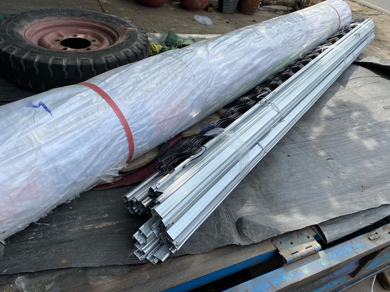 Cuộn màng lợp nhà kính giá rẻ khổ 5m x 100m x 150Mic