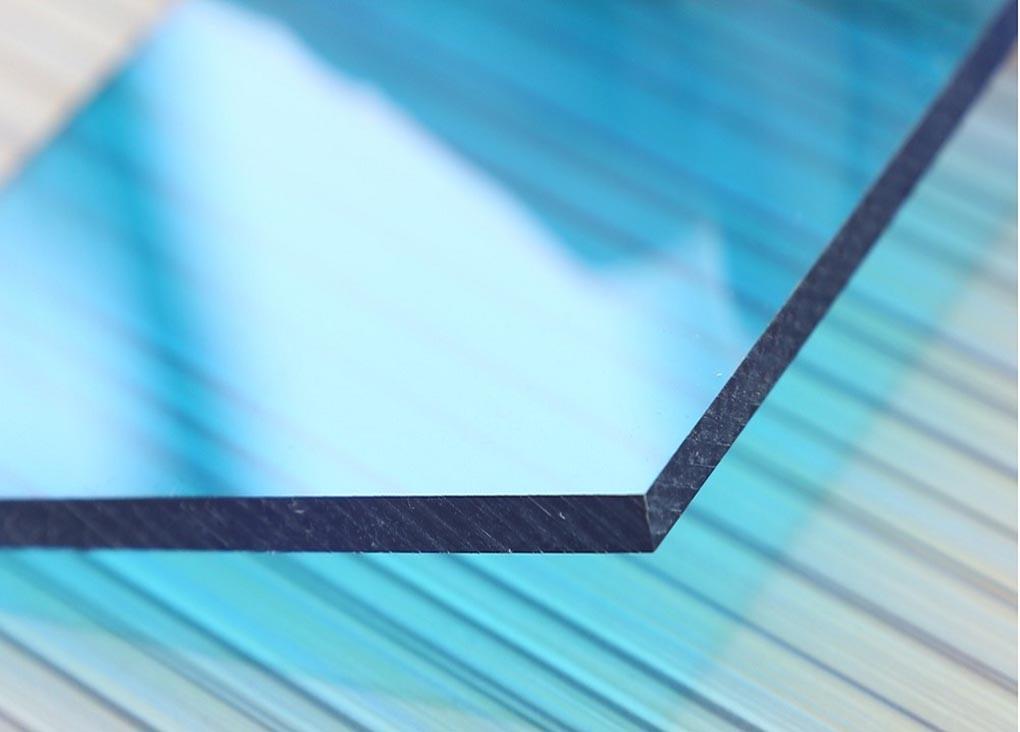 Tấm lợp lấy sáng polycarbonate đặc ruột Solarflat 10mm
