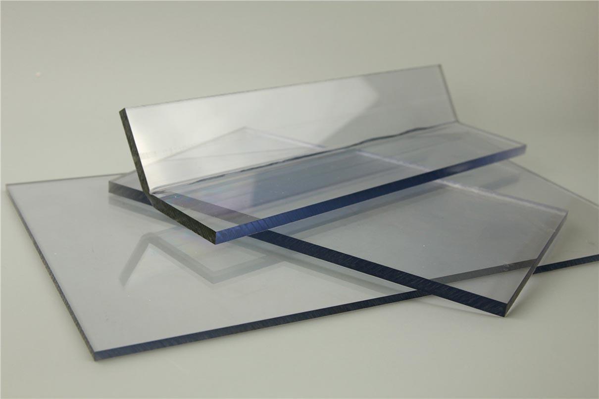 Tấm lợp lấy sáng polycarbonate đặc ruột Solarflat 6mm