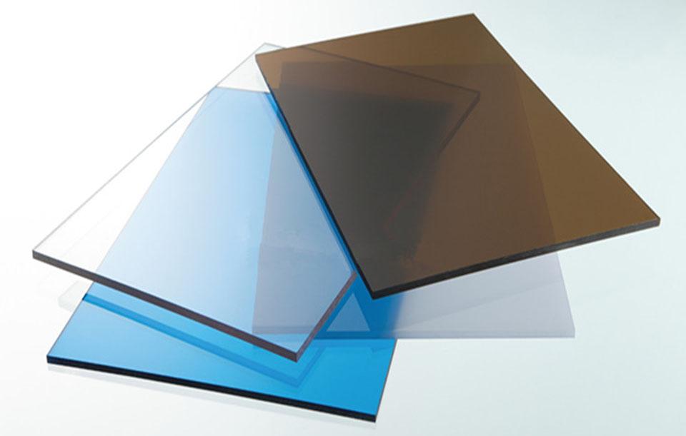Tấm lợp lấy sáng polycarbonate đặc ruột Solarflat 2mm